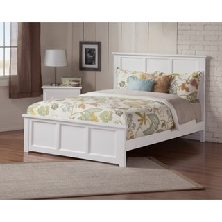 Madison Queen Bed with Matching Foot Board in White