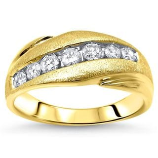 Noori 14k Yellow Gold Men's 5/8ct TDW Round Diamond Wedding Band (F-G, SI2-I1)