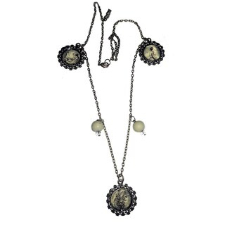 Vintage Style Beaded Medallion Necklace