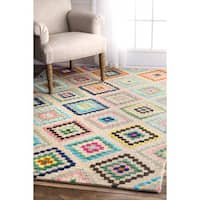 nuLOOM Contemporary Hand-tufted Wool Triangle Ivory Rug (5' x 8')