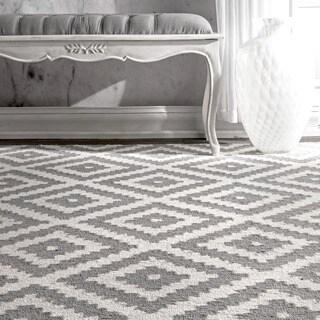 nuLOOM Handmade Abstract Wool Fancy Pixel Trellis Rug (2' x 3')