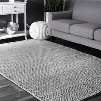 nuLOOM Handmade Braided Cable Grey New Zealand Wool Square Rug - 6' Square