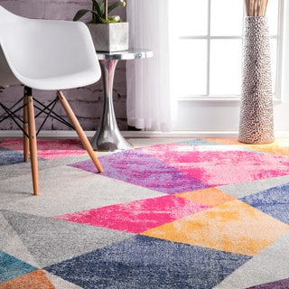 nuLOOM Contemporary Geometric Triangle Multi Rug (5' x 7'5)