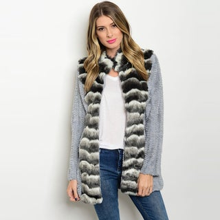 Shop The Trends Women's Black and Grey Acrylic and Polyester Long-sleeve Faux-fur Jacket