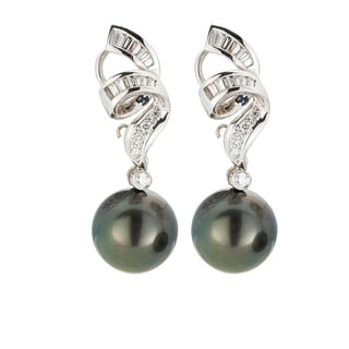 18kt White Gold 3/4ct TDW Black South Sea Pearl and Diamond Earrings (H-I, SI1-SI2)