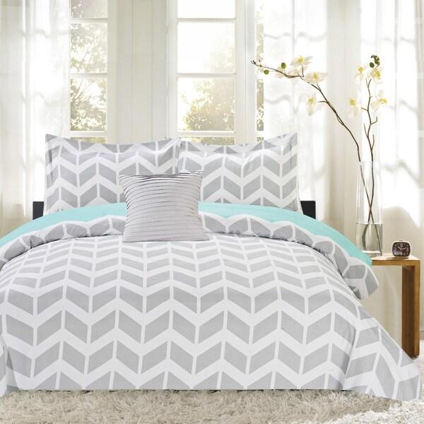 4 Piece Herringbone Print Reversible Comforter Set