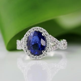 Auriya Platinum 2 1/2ct Oval Cut Blue Sapphire and 3/5ct TDW Diamond Halo Engagement Ring (H-I, SI1-SI2)