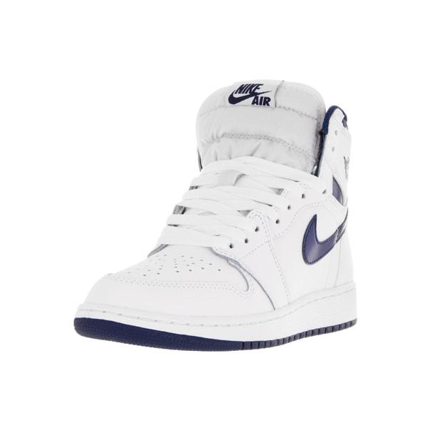217cdd92710bbb Nike Jordan Kids Air Jordan 1 Retro High Og BG White Midnight Navy  Basketball Shoe