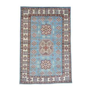 Tribal Design Wool Kazak Hand-Knotted Oriental Carpet (5'4x8'2)
