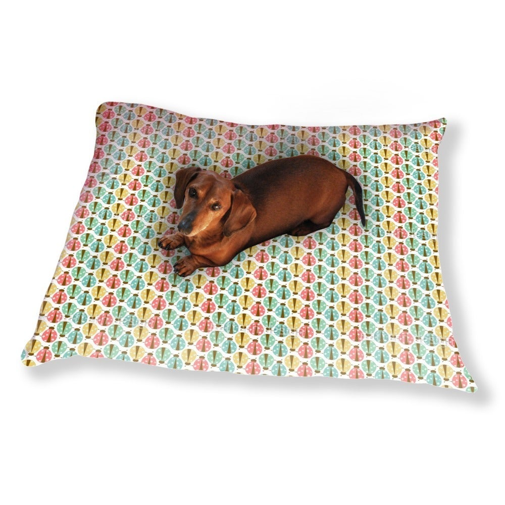 Uneekee Ladybug Chain Dog Pillow Luxury Dog / Cat Pet Bed...