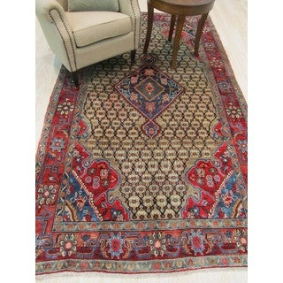 Hand-knotted Wool Beige Traditional Oriental Kolyaee Rug (5'6 x 9'8)