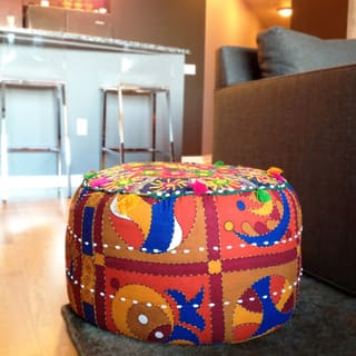 "Artist's Loom Traditional Indian Pouf (21x21""x12) (Set of 2)