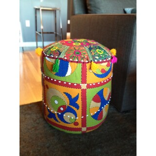 """Artist's Loom Traditional Indian Pouf (16x16""""x16) (Set of 2)"""