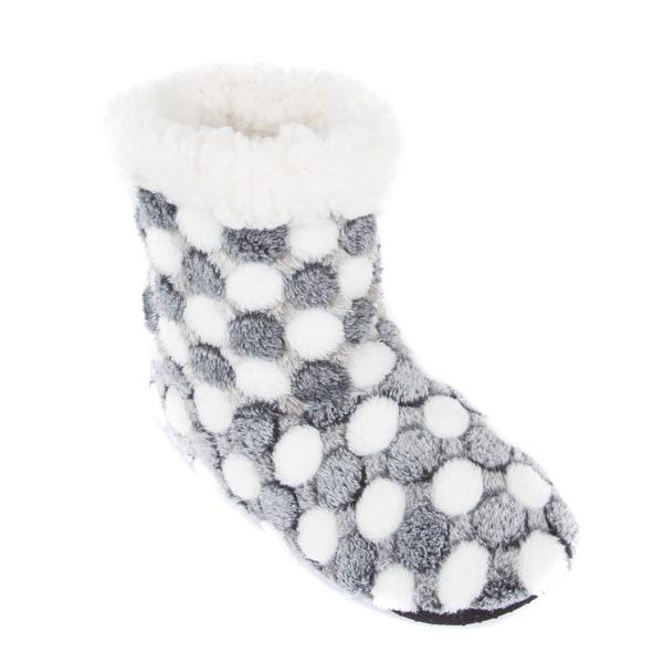 661ba9e46 Shop Leisureland Women's Fleece Lined Slippers - Free Shipping On ...
