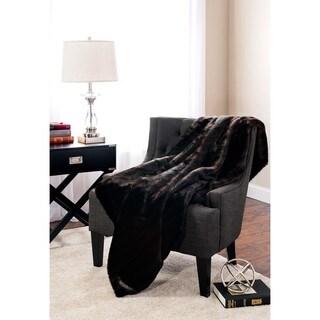 Baltic Linen Luxury Faux Fur Decorative Throw