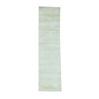 Tone on Tone Nepali Wool and Silk Hand-Knotted Runner Rug (2'1x8'1)
