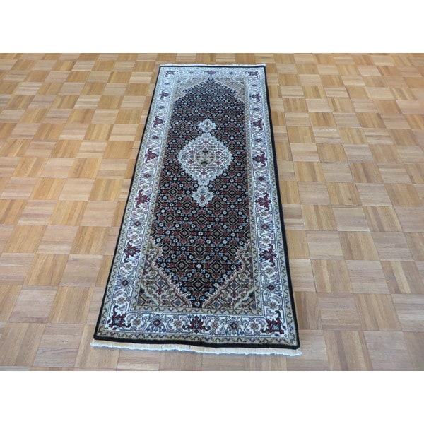 Mahi Tabriz Black Wool and Silk Hand-knotted Oriental Rug - 2'7 x 6'6