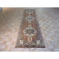 Fine Serapi Heriz Oriental Rust Red Wool Hand-knotted Rug (3'1 x 11'11)