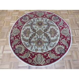 Agra Ivory Wool Hand-knotted Oriental Rug (4'2 in diameter)