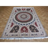 Tabriz Gombad Ivory Wool/ Silk Hand-knotted Oriental Rug - 6'5 x 9'9