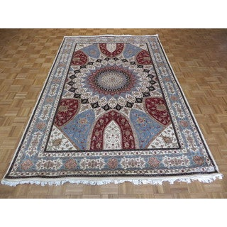Tabriz Gombad Oriental Ivory Wool and Silk Hand-knotted Area Rug (6'6 x 9'11)