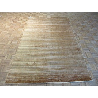 Oriental Brown Bamboo Silk Hand-knotted Rug (5'1 x 8'2)