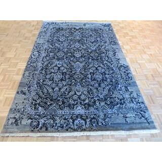 Modern Oriental Silk Blend Hand-knotted Rug (6'4 x 9'10)