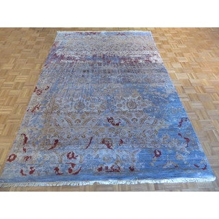 Sky Blue Silk-blend Hand-knotted Oriental Rug (6'6 x 9'8)