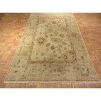 Ivory Wool Hand-knotted Oushak Oriental Rug (5'11 x 9'3)