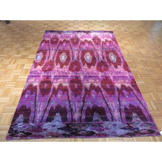 Ikat Oriental Ivory/Pink/Purple Sari Silk and Wool Hand-knotted Rug (6'1 x 9'2)