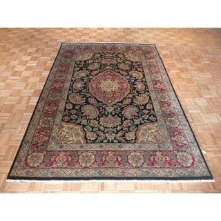 Agra Black Wool Hand-knotted Oriental Rug (6' x 9')