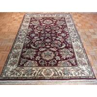 Burgundy Wool Hand-knotted Agra Oriental Rug (6'2 x 9'1)