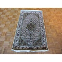 Ivory Wool and Silk Hand-knotted Mahi Tabriz Oriental Rug (3 x 5'2)