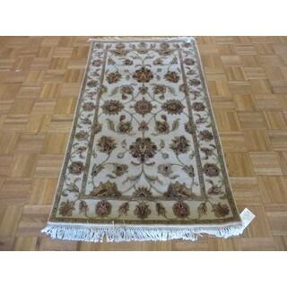 Tabriz Ivory Wool and Silk Hand-knotted Oriental Rug Oriental Rug (3' x 5'1)