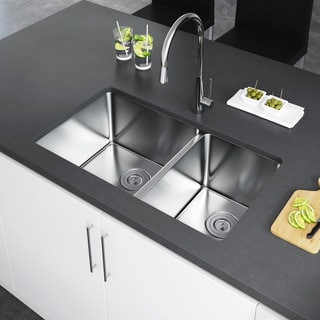Exclusive Heritage 33 x 20 Double Bowl 60/40 Undermount Stainless Steel Kitchen Sink