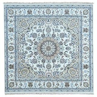 1800GetaRug Nain Ivory Wool/Silk Hand-knotted 300-KPSI Square Rug (6'x6')