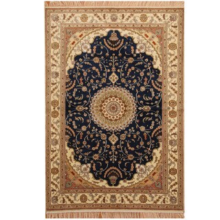 Herat Oriental Indo Hand-knotted Kashmiri Silk Rug (4' x 6')