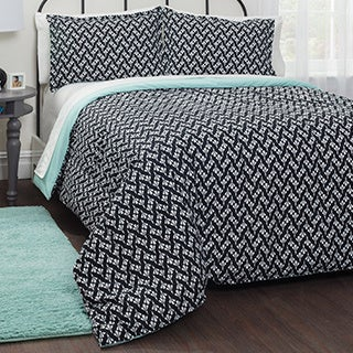 Pop Shop Motif Mint 7-piece Bed in a Bag with Sheet Set
