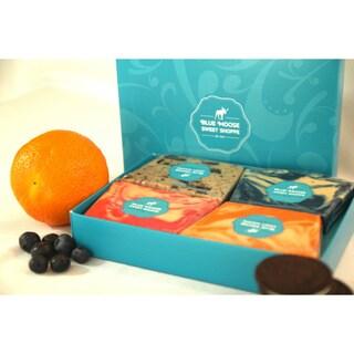 Blue Moose 1-pound 'Fruit and Fun' Gourmet Fudge Sampler (4-flavor Gift Box)