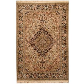 Herat Oriental Indo Hand-knotted Kashmiri Wool Rug (4' x 6')