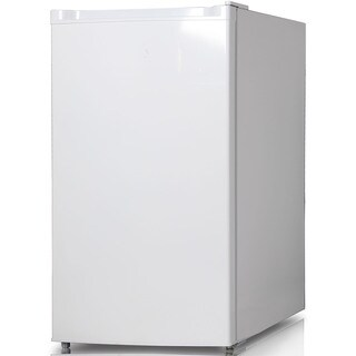 Keystone Energy Star White 4.4 Cubic Foot Single-door Refrigerator with Freezer Compartment