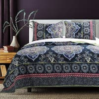 Barefoot Bungalow Twyla Midnight 3-piece Quilt Set