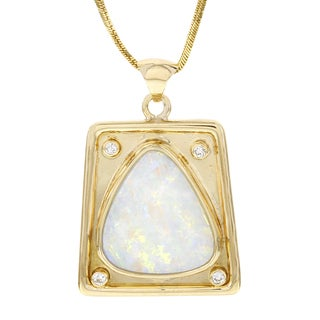 H Star 18k Yellow Gold Trillion Fire Opal and Diamond Accent Pendant Necklace (G-H, I1-I2)