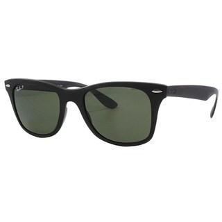 Ray-Ban Unisex Wayfarer Liteforce Sunglasses with Green Polarized Lenses