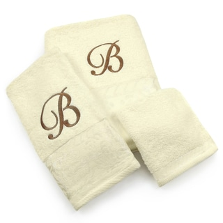 Elegant 3-piece Towel Set with Scroll Monogram