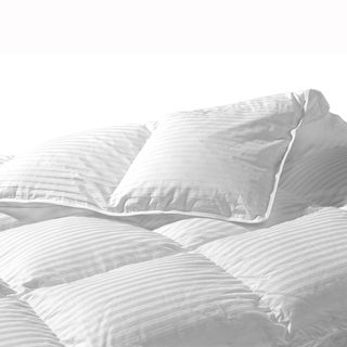 Highland Feather Komarom White Goose Down Comforter
