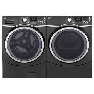 GE Steam Laundry Pair with 7.5-cubic Feet Capacity Front Load Gas Dryer and 4.5-cubic Feet Capacity
