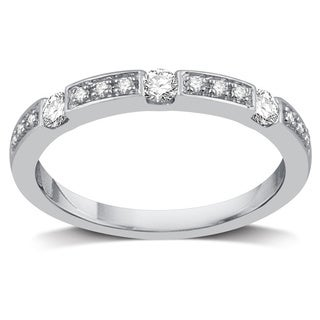 Sterling Silver 1/4ct TDW Diamond Wedding Band (I-J, I2)