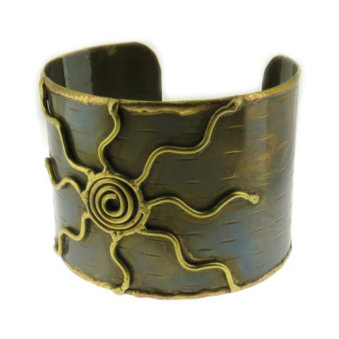 Handmade Artisan Two-tone Wide Mixed Metal Copper and Brass Cuff Bracelet (India) - Gold