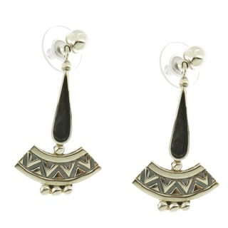 Handcrafted Sterling Silver Oxidized Free-flowing Earrings (Mexico)
